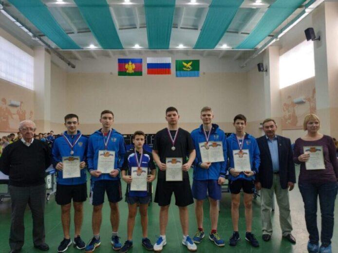Ялтинские спортсмены вернулись с первенства ЮФО по настольному теннису