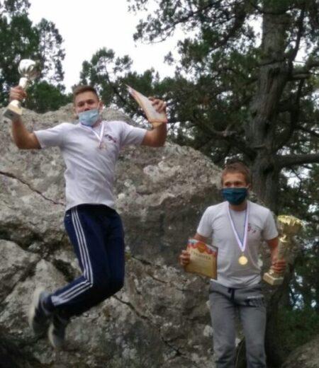 Паршутин Андрей и Зарецкий Олег