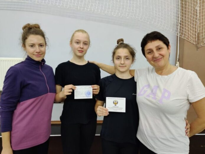 Терехова Анастасия и Сергина Даниэлла с тренерами Голубович Нарине и Зориной Ольгой