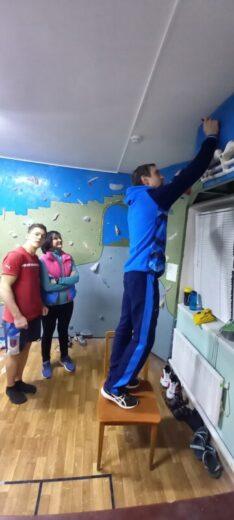 В отделении скалолазания провели мастер-класс чемпионы Мира и Европы