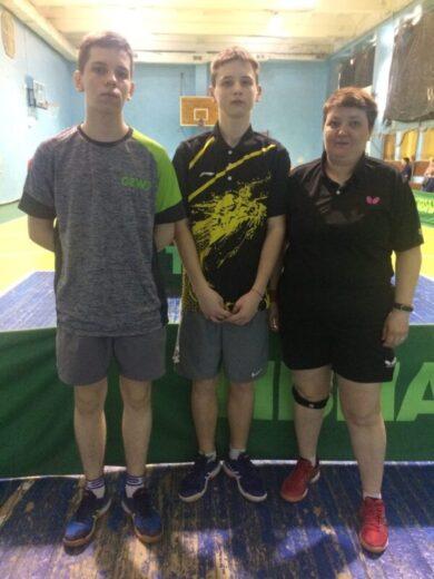 """Команда МБУ """"СШ"""" г. Ялта финишировала во 2-м туре Чемпионата РК по настольному теннису без единого поражения"""
