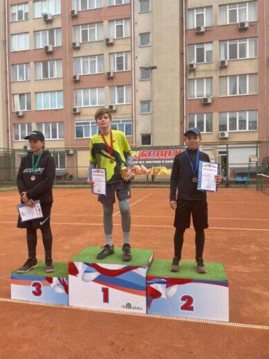 Наш теннисист завоевал два серебра на Республиканских соревнованиях в Симферополе