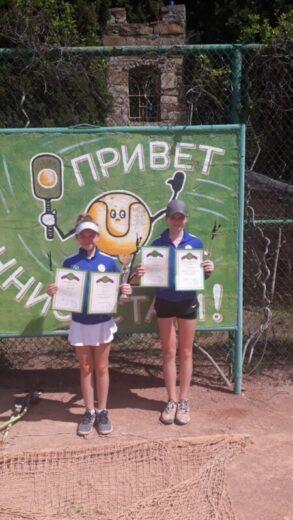 Полина Орлова и Екатерина Орлова: 1 место в парном разряде, г. Севастополь