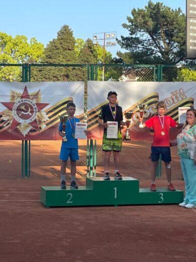Ян Добров - 2 место на Первенстве ЮФО в городе Сочи, категория до 15 лет